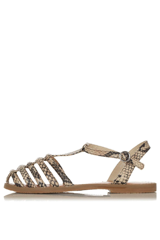 Topshop closed toe sandals, £26, topshop.com BUY ME HERE!