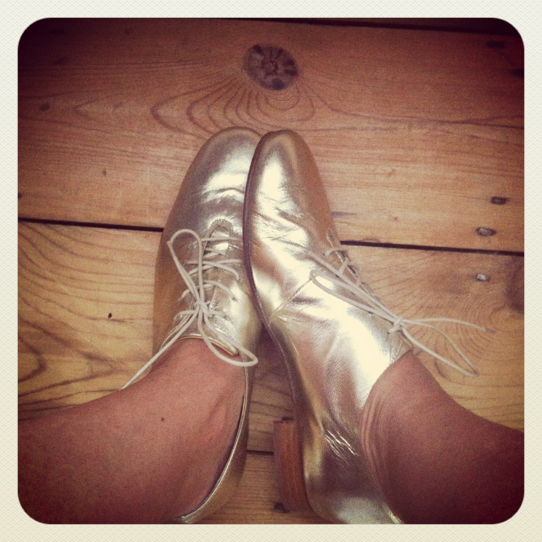 gold tone tap shoes, £150, labour-of-love-shop.com (BUY ME HERE!)
