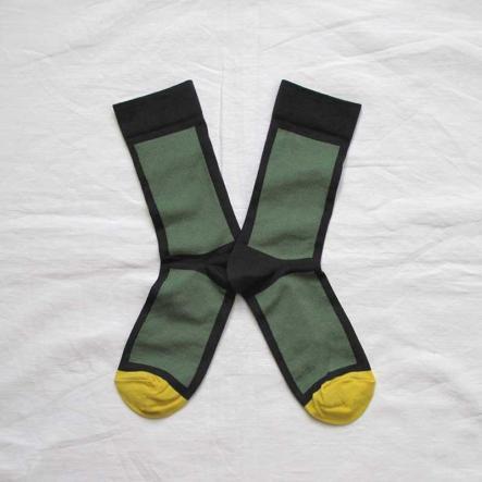 bonne-maison-socks-bonne-maison-rectangle-faux-noir-vert-blk_grn_8315