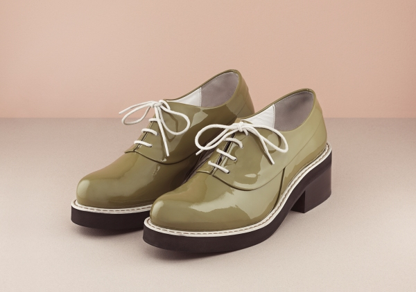 Finery lace ups