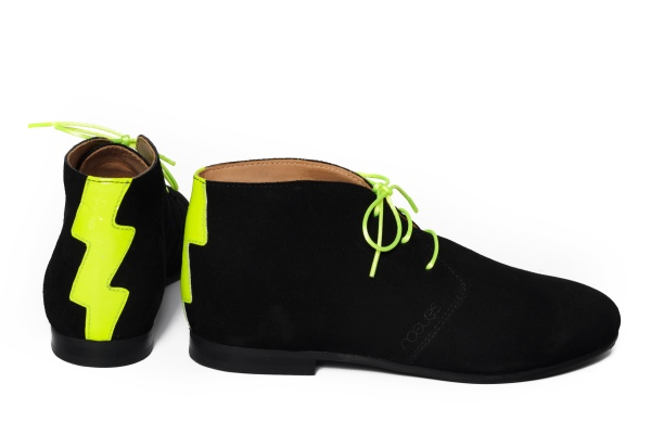 black desert boots product shot cut out