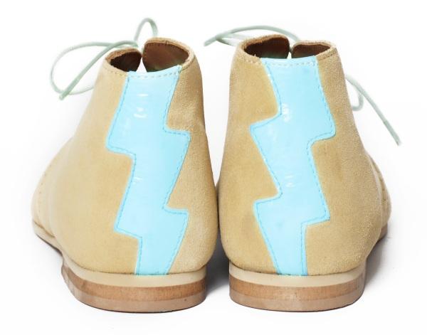 tan desert boots back