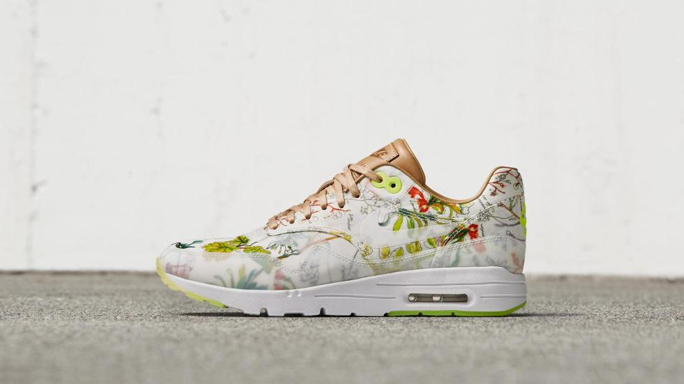 NIKE_NEWS_SNEAKER_FEED_LIBERTY_1703_hd_1600