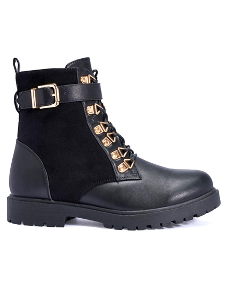 fashion-conscience-walking-boots