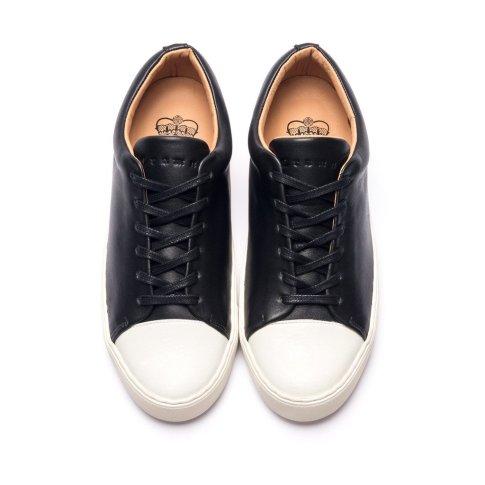 Abington toe cap sneaker black white