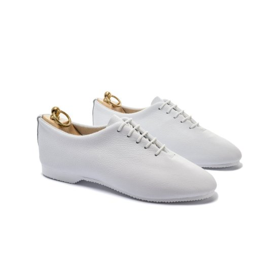 Regent wholecute shoes white