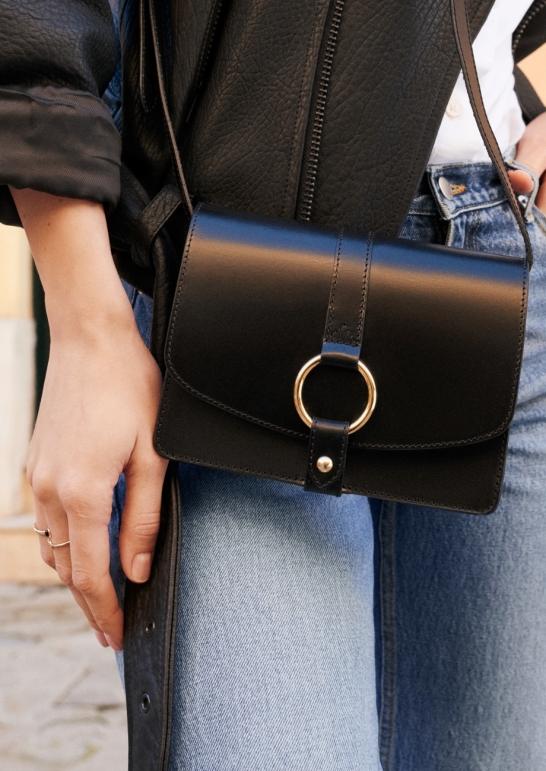 & Other Stories bag model shot