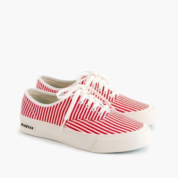 SeaVees red stripe