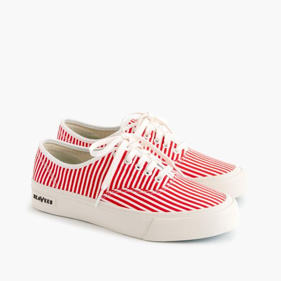 SeaVees red stripe