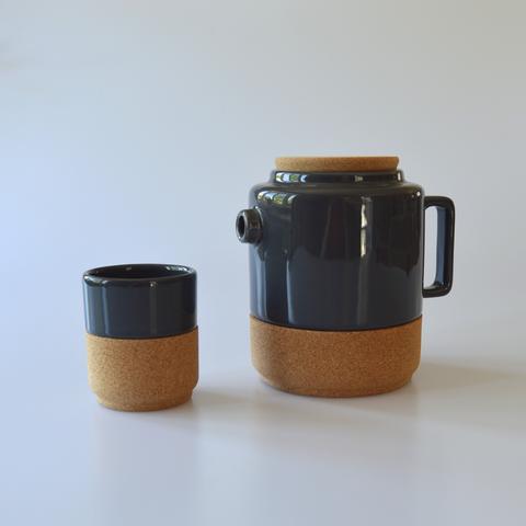 Lusophile teapot