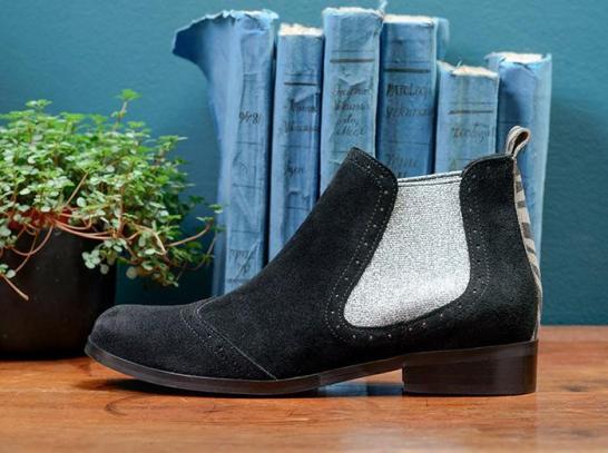 Catherine Parra black Disco boots