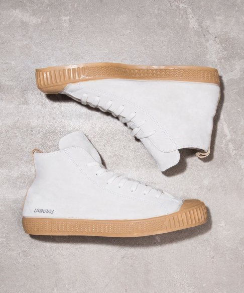Laskaas white high tops