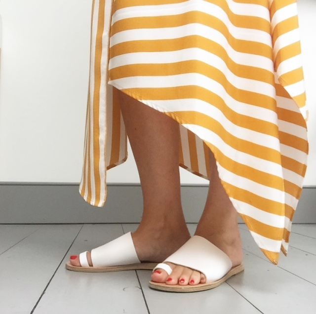 1d3973c1c The sandals every fashion blogger loves right now