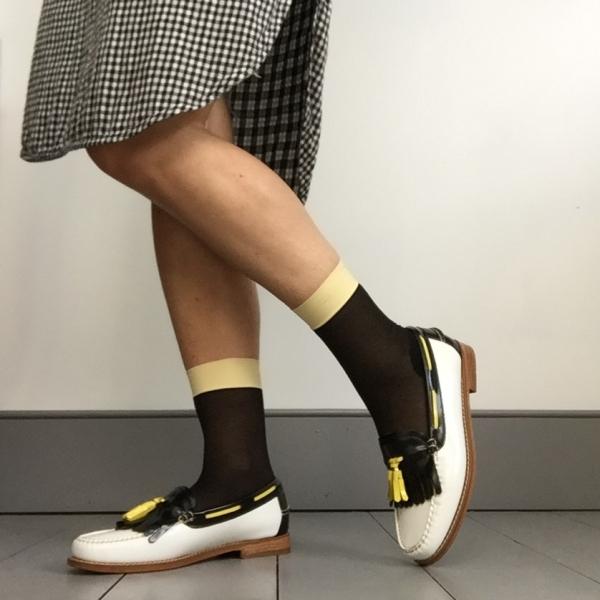 En Brogue wearing Heist socks