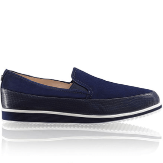 14. Russell & Bromley