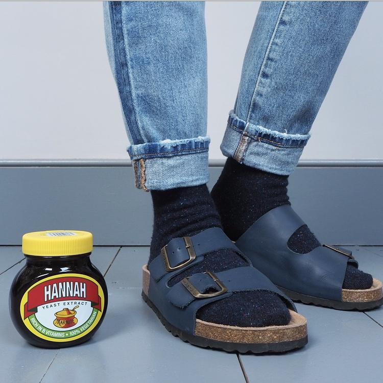 272088e5116 3 ways to wear socks with sandals – En Brogue